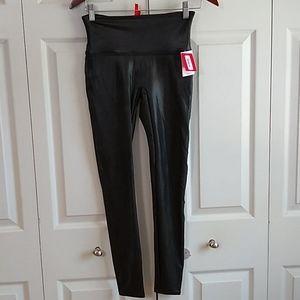 Spanx faux leather leggings size medium